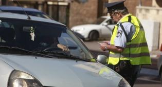 """שוטר תנועה - משבוע הבא הקשחות בדו""""חות התנועה ומצלמות באיילון"""