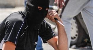 סכין, אילוסטרציה - חמוש בסכינים נעצר ליד ביתה של תרזה מיי