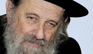 הרב שטרן - לאחר אשפוזו: הרב שטרן ישוב לארץ