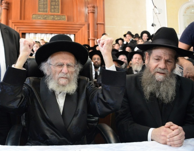 """הגרמ""""ש עם אביו, הגר""""י אדלשטיין"""