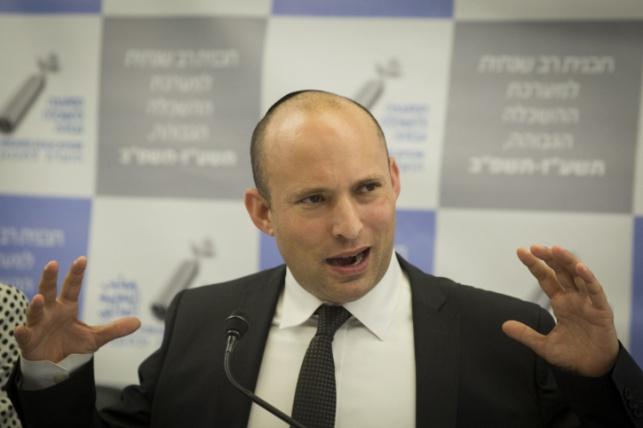 גורם בכיר בליכוד: בנט מסוכן לביטחון ישראל