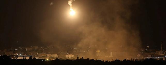 ביתו של בכיר חמאס הופצץ; 2 נהרגו