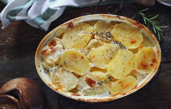 גראטן תפוחי אדמה ותפוחי עץ