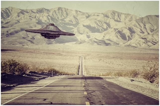 """המונים יסתערו על אזור 51: """"רוצים חייזרים"""""""