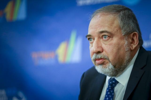"""שר הביטחון: כשלנו בגיבוש המדיניות ביו""""ש"""