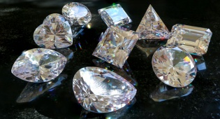 יהלומים - חוק הסדרת מיסוי ענף היהלומים אושר בוועדת הכספים