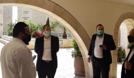 פרסום ראשון: איש צוות ב'חברון' נדבק בנגיף