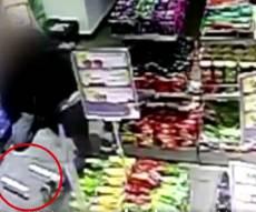 גנב סיגריות ותקף את המוכרת • צפו בתיעוד
