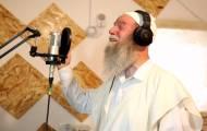 ישראל דגן מפתיע בסינגל חדש: העולם ראוי שיתמהו