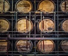 חביות אלכוהול - כמויות אלכוהול יובאו לישראל בהליך מזויף