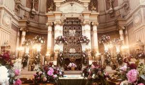 מרהיב: כך קושט בית הכנסת הגדול ברומא