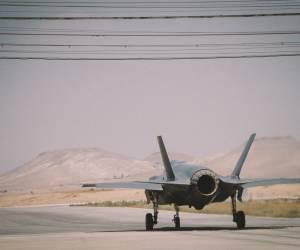 לראשונה: מטוסי F35 מתרגלים מלחמה • צפו