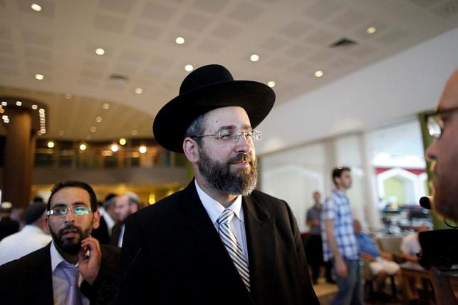 הרב לאו לאיחוד האירופי: דאגו לביטחון היהודים