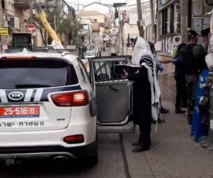 תיעוד: כוחות המשטרה פשטו על 'זכרון משה'