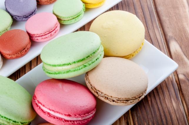 עוגיות מקרון צרפתיות מארבעה מרכיבים בלבד