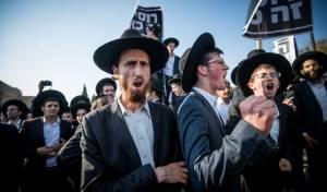 """המחאה לאחר מעצרם - בג""""ץ דחה את עתירות שני העריקים מ'הפלג'"""