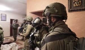 """כוחות צה""""ל פועלים בכפרו של המחבל • צפו"""