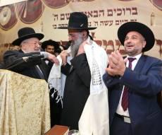 הרב דוד כהן הוכתר לרב 'ממזרח שמש' • צפו
