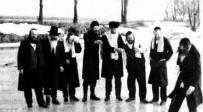 תיעוד מהנסיעה הסודית לפני 30 שנה - אחרי 30 שנה: שני מנהיגי ברסלב באומן