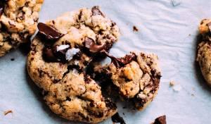 עוגיות שוקולד צ'יפס רכות ולעיסות - עוגיות שוקולד צ'יפס רכות ולעיסות שתאמצו לנצח