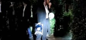 חלק מההפגנה מול בית הרב יעקב קנייבסקי