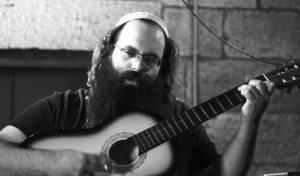 """יוסף גבאי בסינגל חדש: """"רגע של חסד"""""""