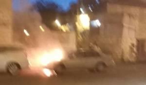 בהלה בבית ישראל: מכונית עלתה באש. צפו