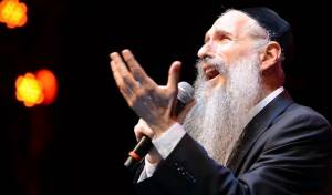 """""""תבוא"""": האזינו לביצוע החדש של מרדכי בן דוד"""
