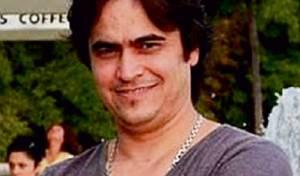 רוחאללה - בן איש הדת שמטריף את הממשל האיראני