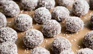כדורי שוקולד בציפוי קוקוס
