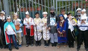 חלק מהילדים בתחרות, היום - ילדי בית הספר התחפשו רק לגדולי ישראל