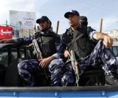 שוטרים פלסטינים - הפלסטינים: סיכלנו 7 פיגועי ירי ודקירה