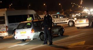 מחסום משטרתי - נהג אמבולנס סייע במרדף משטרתי