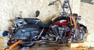 שדרג אופנוע הארלי דוידסון ונתפס במכס. צפו