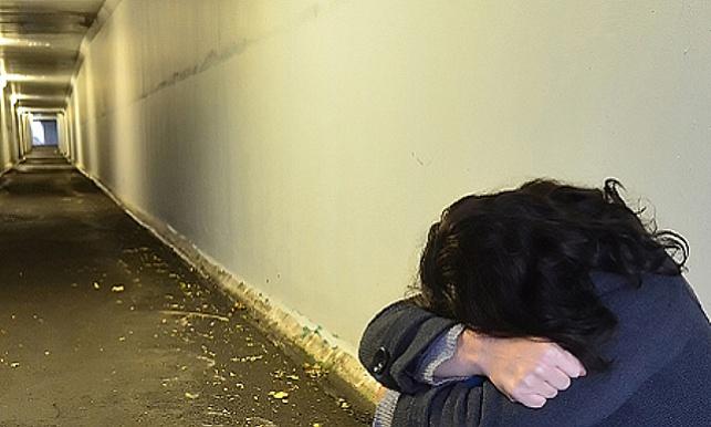 """ב""""ב: אב למשפחה תקף נערה קשות"""