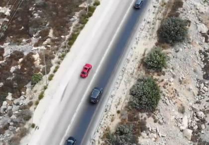 וואו: הנהג עקף בקו לבן 11 רכבים ומשאיות