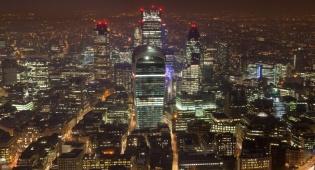 """לונדון - """"לונדון נמצאת בפוזיציה להפוך למרכז יואן עולמי"""""""