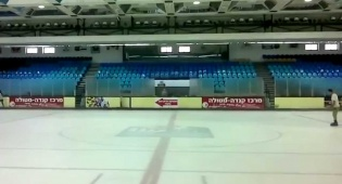 תלמיד ישיבה החליק על הקרח ונחבל בראש