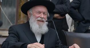 רבי יצחק זילברשטיין - דיברו באמצע התפילה ונפטרו בתוך השנה