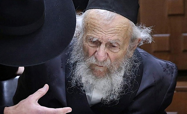 תפקידיו של הרב יעקב אדלשטיין הוחזרו