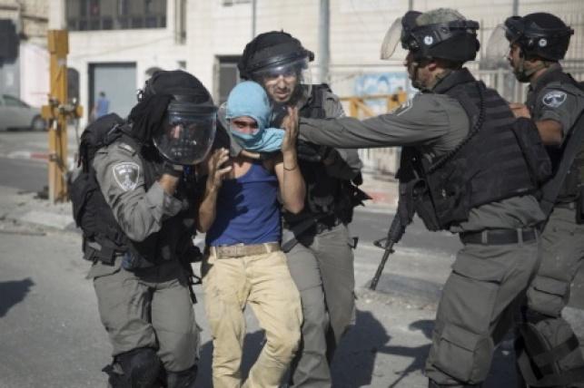 מעצר מתפרע בירושלים, ארכיון