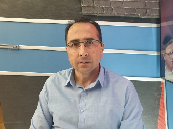 """המנכ""""ל מסביר באולפן: כך ירושלים תחסם"""