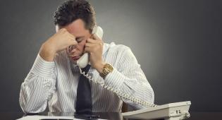הערכה עצמית נמוכה: הנטייה שמחריבה את הנישואים שלכם