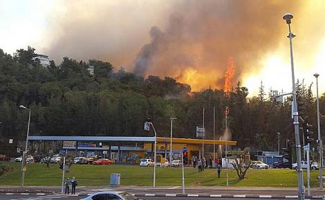 האש בשכונת רוממה