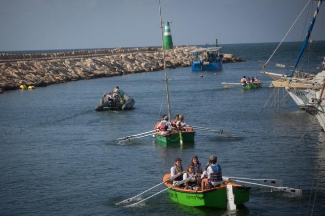 סירות בתל אביב