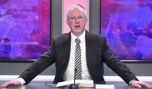 הרב מרדכי נויגרשל ב'מתנה' יקרה לשבועות