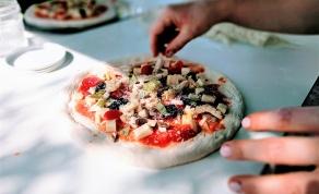 להכין פיצה בבית זה בייסיק