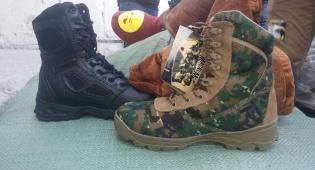 """""""נעלי הבית"""" התגלו כנעליים למחבלי חמאס"""
