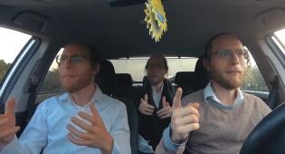 מוטי וייס אסף טרמפיסטים לסינגל חדש: 'חי'