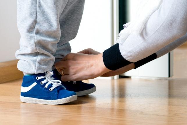 שימו לב: מצאנו טריק לניקוי נעלי זמש